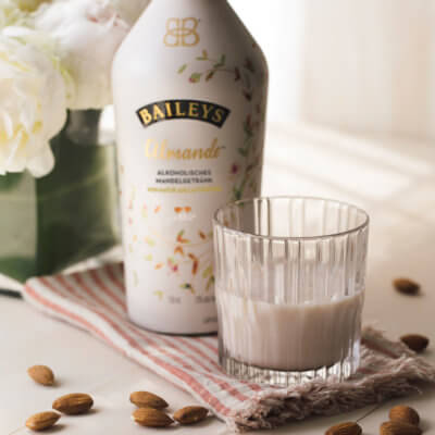 Baileys Almande on Ice