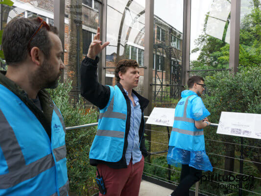 'The Glasshouse Project' in der Bombay Sapphire Distillery
