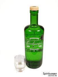 Cockney's Gin Glas und Flasche