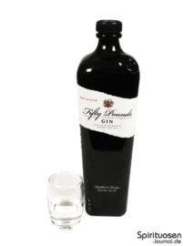 Fifty Pounds Gin Glas und Flasche