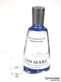 Gin Mare Glas und Flasche