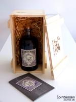 Monkey 47 Schwarzwald Dry Gin Verpackung und Flasche