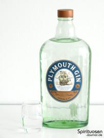 Plymouth Gin Glas und Flasche
