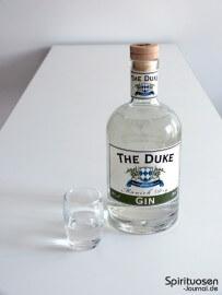 The Duke Munich Dry Gin Glas und Flasche