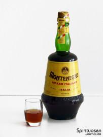 Montenegro Amaro Glas und Flasche