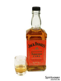 Jack Daniel's Tennessee Fire Glas und Flasche