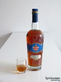 Havana Club Seleccion de Maestros Glas und Flasche