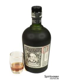 Ron Botucal Reserva Exclusiva Glas und Flasche