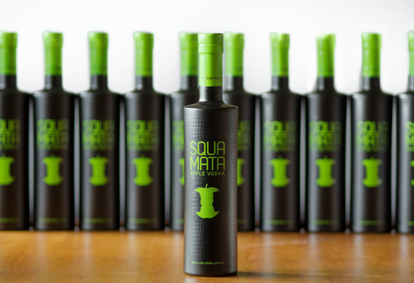 Squamata Apple Vodka mit neuer Optik
