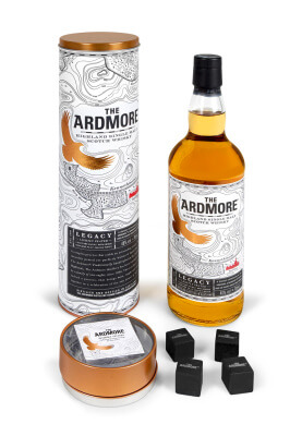 The Ardmore Legacy in Geschenkhülle mit Whiskysteinen