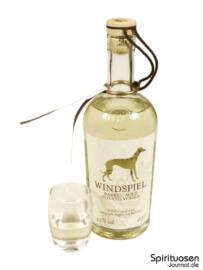 Windspiel Barrel Aged Potato Vodka 2016 Glas und Flasche
