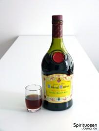 Cardenal Mendoza Clasico Glas und Flasche