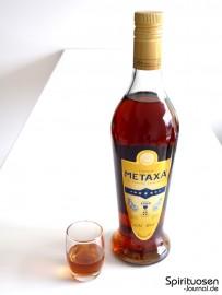 Metaxa 7 Sterne Glas und Flasche