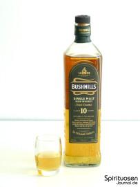 Bushmills 10 Jahre Glas und Flasche