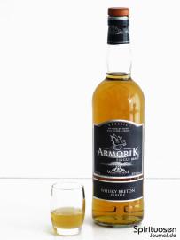 Armorik Classic Glas und Flasche