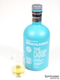 Bruichladdich Scottish Barley 'The Classic Laddie' Glas und Flasche