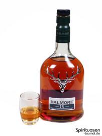 The Dalmore 15 Jahre Glas und Flasche