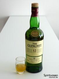 Glenlivet 12 Jahre Glas und Flasche