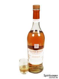 Glenmorangie A Midwinter Night's Dram Glas und Flasche