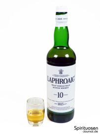 Laphroaig 10 Jahre Glas und Flasche