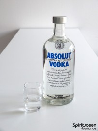 Absolut Vodka Blue Label Glas und Flasche
